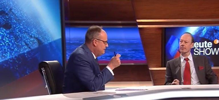 Oliver Welke und Martin Sonneborn in der ZDF heute-show am 12.04.2019